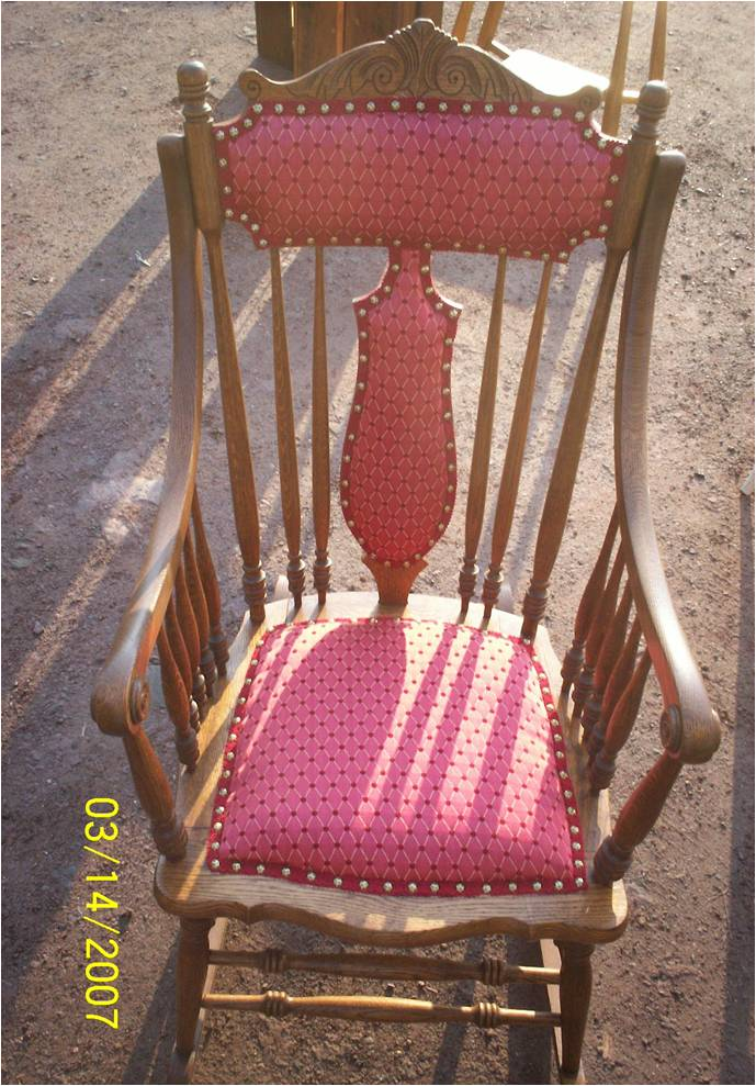 NICK\'S FURNITURE SERVICE | Upholstery